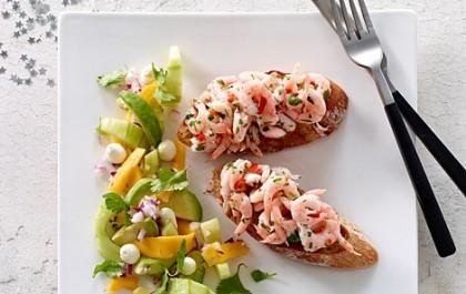 Marinerede rejer og salat